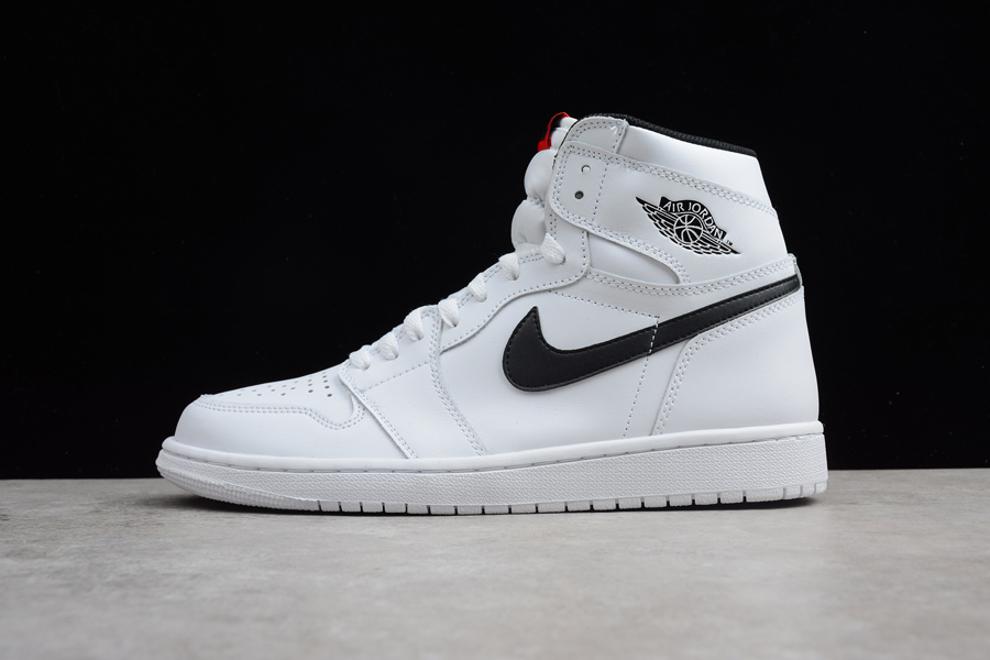 black and white air jordan 1
